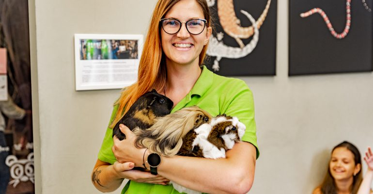 Ieškome gyvūnų prižiūrėtojo - edukatoriaus!
